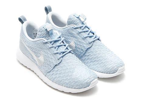 nike roshe flyknit light blue nike flyknit roshe run fall 2015 sneaker bar detroit