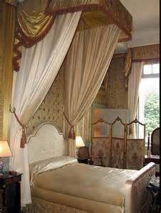 Ceiling Bed Canopy Four Poster Beds And Dreams 171 Doesn T Cost The Earth Interiors Doesn T Cost The Earth