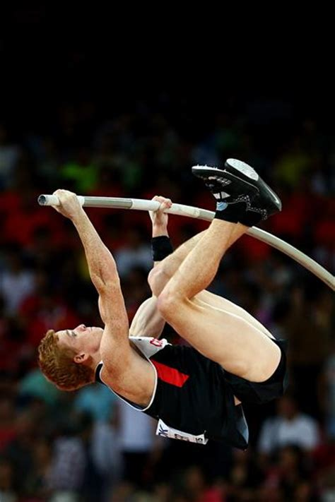 the pole vault chionship of the entire universe books report men s pole vault qualifying iaaf world
