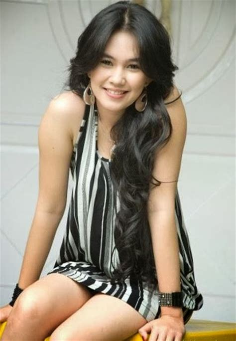 gambar bintang film indonesia hot foto hot kartika putri bintang pesbuker antv iberita unik