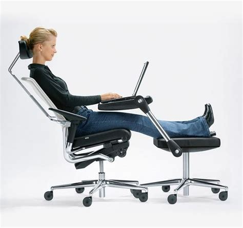 best ergonomic desk chair best ergonomic office chairs of 2017 safe computing tips