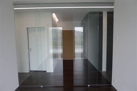 schiebetüren glas innen laufend glasfinder innenanwendungen glasschiebet 252 ren keller glas