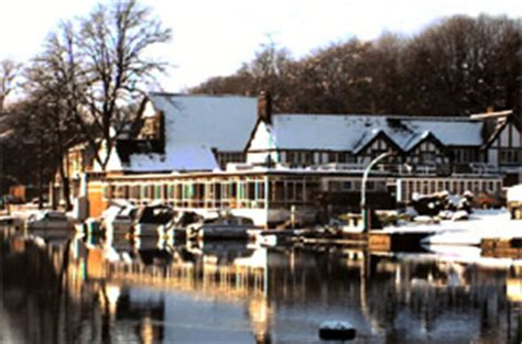 boat house chester the boathouse the groves chester quiz party venue
