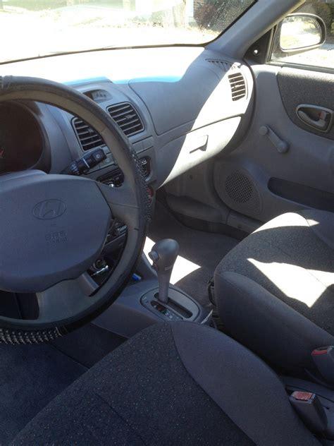 Hyundai Accent 2001 Interior by 2000 Hyundai Accent Interior Pictures Cargurus