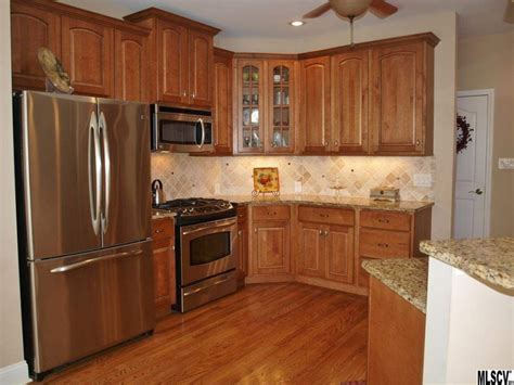 red oak kitchen cabinets granite countertops with red oak cabinets savae org