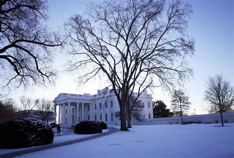 house snow us weather snow white house
