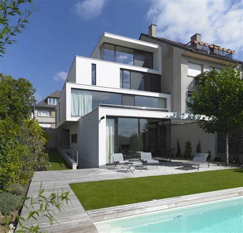 low energy house design by steinmetz de meyer architects