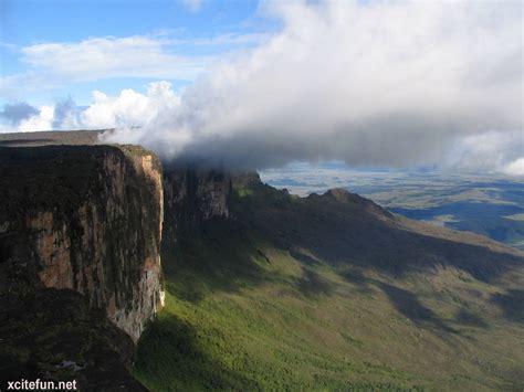 imagenes roraima venezuela mount roraima the highest tabletop mountain xcitefun net
