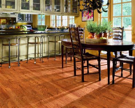 Traditional Hardwood Flooring   Shop Now at Martin's