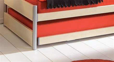 matratze verstauen ausziehbett mit ober und unterbett in kombination tom