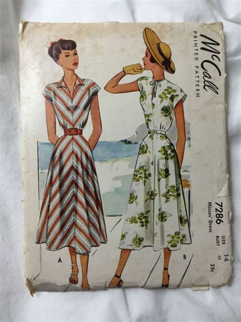 L1557 Hearts Bra 046 Pnk Y Size 32 34 36 Kode V1557 1000 images about patterns i on sewing patterns 1960s dresses and vintage sewing