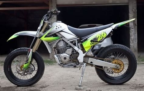 Modifikasi Kawasaki Klx 150 by Modifikasi Motor Kawasaki Klx 150 Ala Supermoto