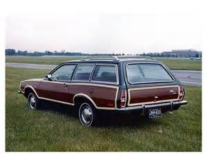 Ford Pinto Station Wagon 1973 Ford Pinto Woodie Station Wagon Factory Photo Ub4432