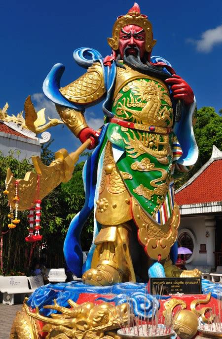 Fengshui Jendral Kwan Kong Guan Yu Kuan Kung Naik Kuda Kebijaksanaan god temple toufen taiwan islandside chronicles