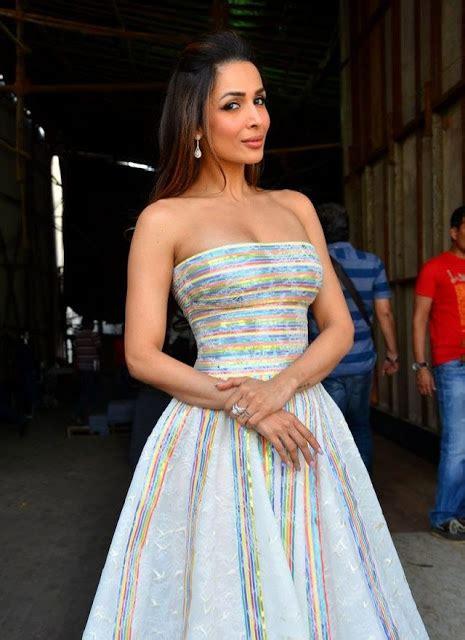 Blouse Rami Black saree collections malaika arora khan in
