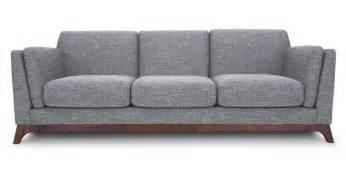 Comfortable Settee Tem Jeito Decor 10 Sala Castelli