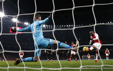 arsenal vs manchester united arsenal vs manchester united player ratings from