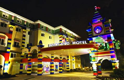 theme hotel video enchanting lego themed hotel in california wave avenue