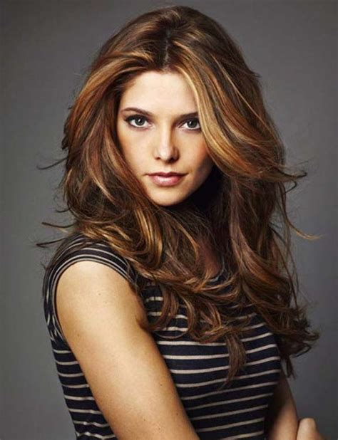 best hairstyle for pale oblong face with hazel eyes layered wavy hairstyles for oval faces long medium