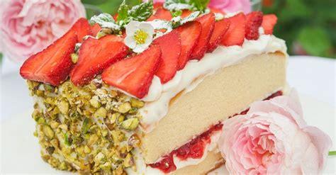 erdbeer biskuit kuchen erdbeer biskuit kuchen rezept eat smarter