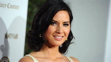 olivia munn swing munn suffers shoulder injury manhattan orthopedic care