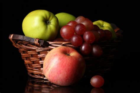imagenes de uvas y manzanas 191 debo evitar la fruta si tengo diabetes tipo 2