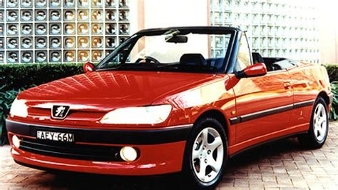 peugeot 306 convertible used car review peugeot 306 cabriolet 1998 2003