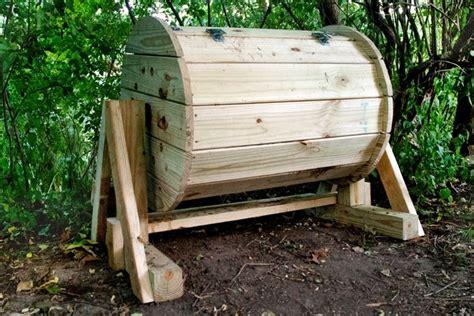 compostiera da giardino prezzi composter fai da te attrezzi giardino realizzare un