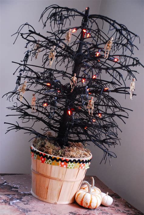 my christmas tree died dead tree family chic by camilla fabbri 169 2009 2018 all rights reserved the