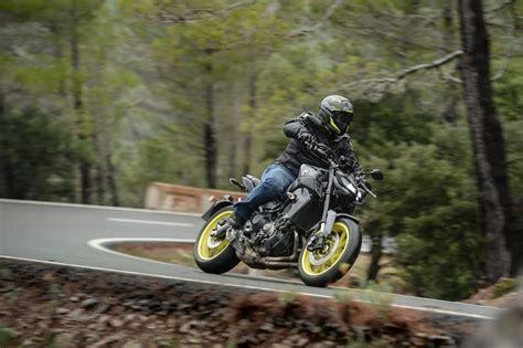 Motorrad Yamaha Mt 09 by Yamaha Mt 09 Test 2017 Motorrad Fotos Motorrad Bilder