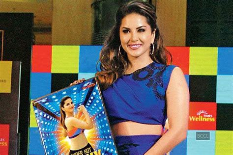 hot chips raipur sunny leone launches her workout video super hot sunny