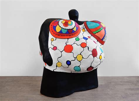 Nanas L l arte di niki de phalle travel on