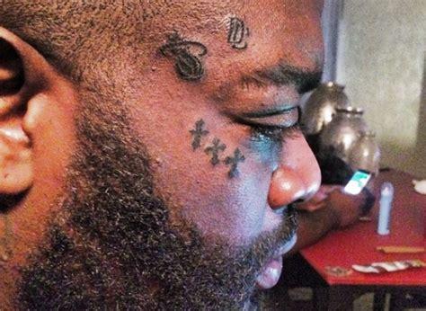 rick rocks tattoo rick ross just got seven tattoos on his news