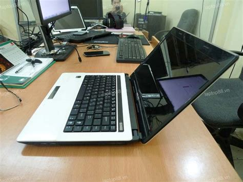Laptop Asus K43s I3 b 225 n laptop c蟀 asus k43s m 224 u tr蘯ッng t蘯 i h 224 n盻冓