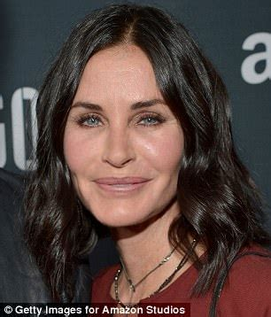how mach cast hair styles courteney cox is more natural after no more facial fillers