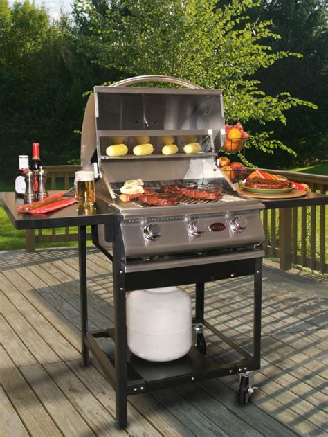 Charcoal Vs Gas Outdoor Grills Hgtv | charcoal vs gas outdoor grills hgtv