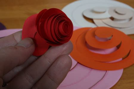 How To Make Paper Roses With Construction Paper - paper orchids and spiralled paper roses tally s treasury