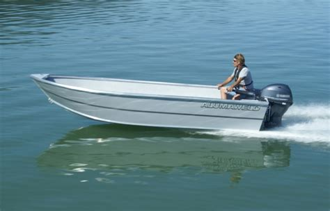 alumaweld tiller boats research 2015 alumaweld boats sport skiff 16 on iboats