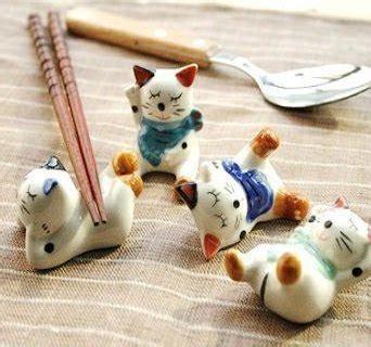 Paket Sho Kucing Kalung Kucing Motif 1 jual tempat penyangga sumpit porselen motif kucing keberuntungan di lapak nirmala store batikcorner