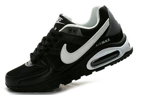 mens nike sports shoes sports shoes nike air max mens command black white namc m