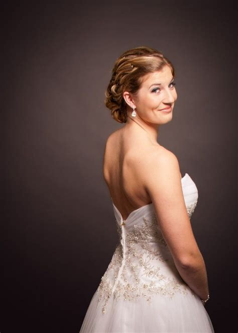 Formal Wedding Portraits by 25 Best Ideas About Photography Bridal Studio On