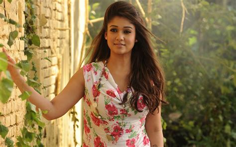 wallpaper latest girl pretty nayanthara fashionable dress new hd wallpapernew