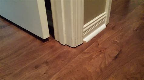 How To Cut Laminate Flooring Around Doors by How To Cut Laminate Flooring Around Doors Laplounge
