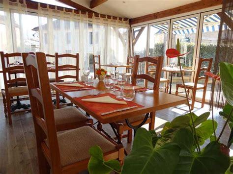 la veranda restaurant restaurant avec terrasse et v 233 randa h 244 tel restaurant le