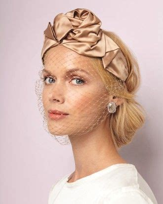 itsy hairdos for short 875 best veils flower crowns and hairstyles images on