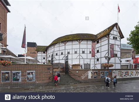 Thames River Shakespeare | shakespeare s globe theatre on river thames at new globe