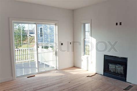 Fireplace Der Door by Modern Home Interior Mit Glas Schiebet 252 Ren F 252 Hren Auf Eine