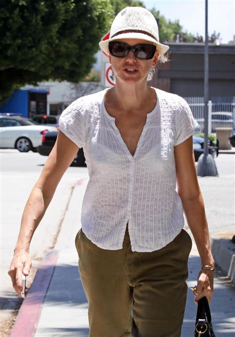 Watts Gets On 2 by Watts Out Getting Lunch In Brentwood Zimbio