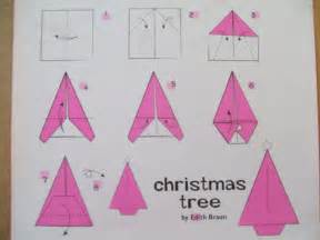 Ok so to start this off it s a bit like making a paper plane fold