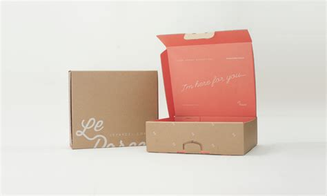 Le Parcel 2015 Packaging System The Dieline Packaging Branding Design Innovation News Subscription Box Design Template
